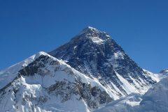 De Mount Everest beklim je ook niet in één keer